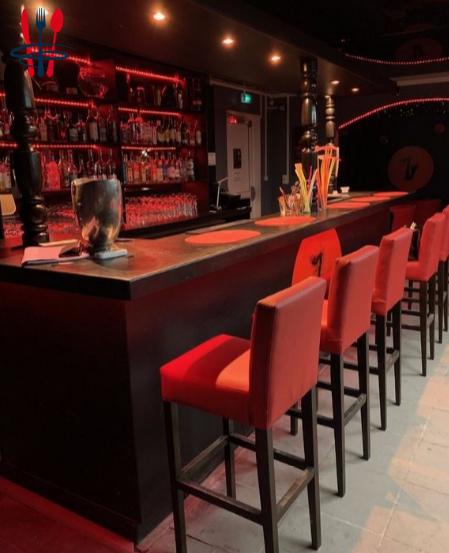 Commerce bar 127 m²