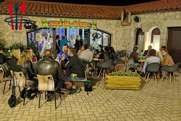 Bar restaurant licence 4 place du village
