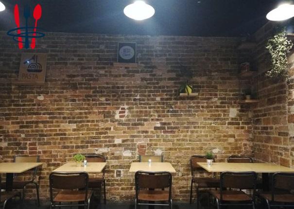 Restaurant refait à neuf