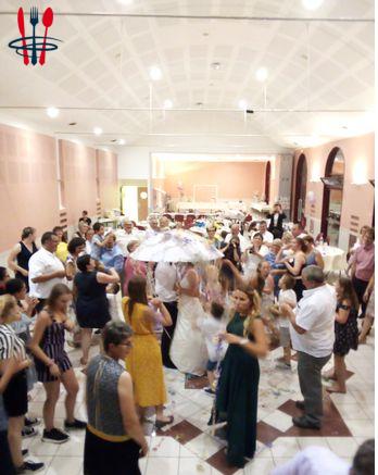 DJ sono éclairage pour soirées dansantes mariages anniversaire...