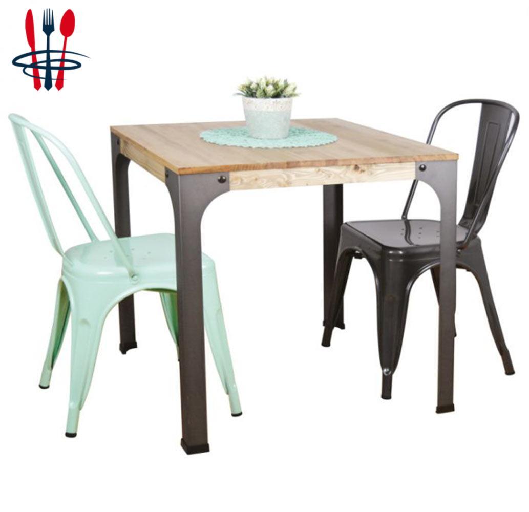 TABLES VINTAGE INDUSTRIELLE RESTAURANT MAINO