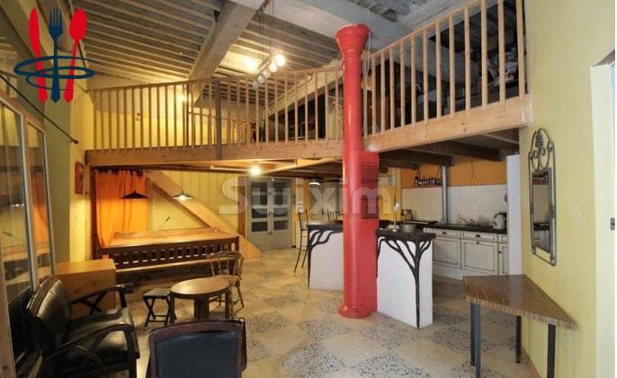 Local hôtel 90 m²