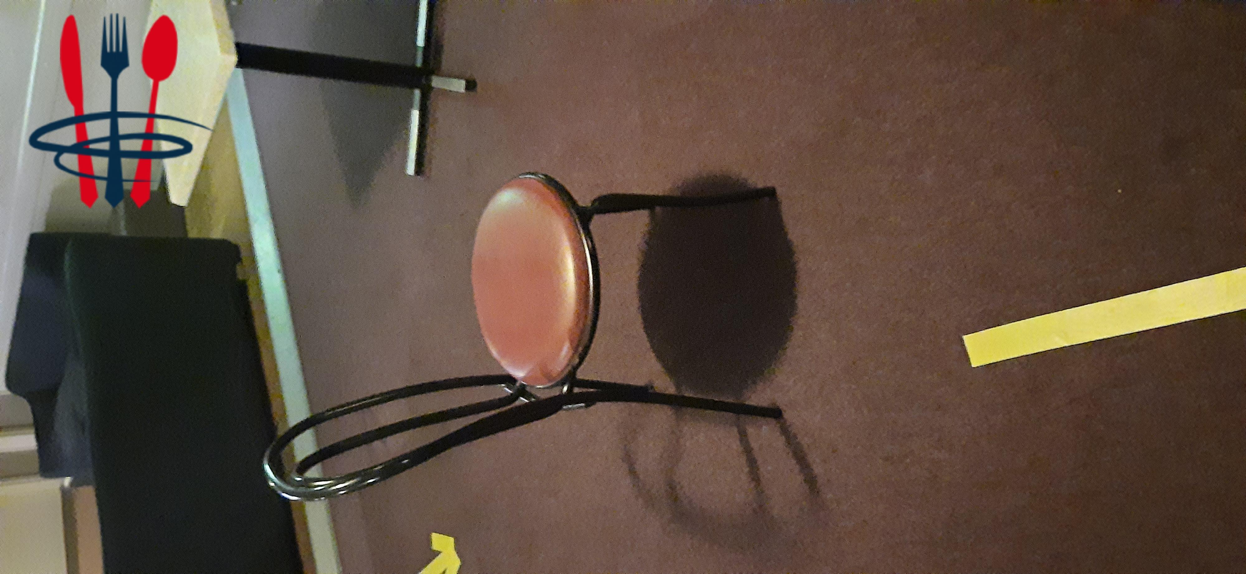 A vendre Chaise restauration