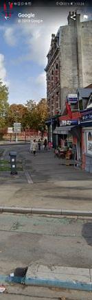 Quartier tres prise, possibilité licence IV, bar restaurant