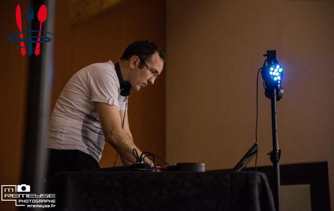Vous cherchez un animateur de soirée/DJ pour animer votre événement ??