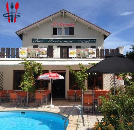 Hotel & restaurant & piscine