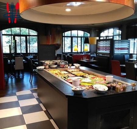 Local restaurant 300 m²