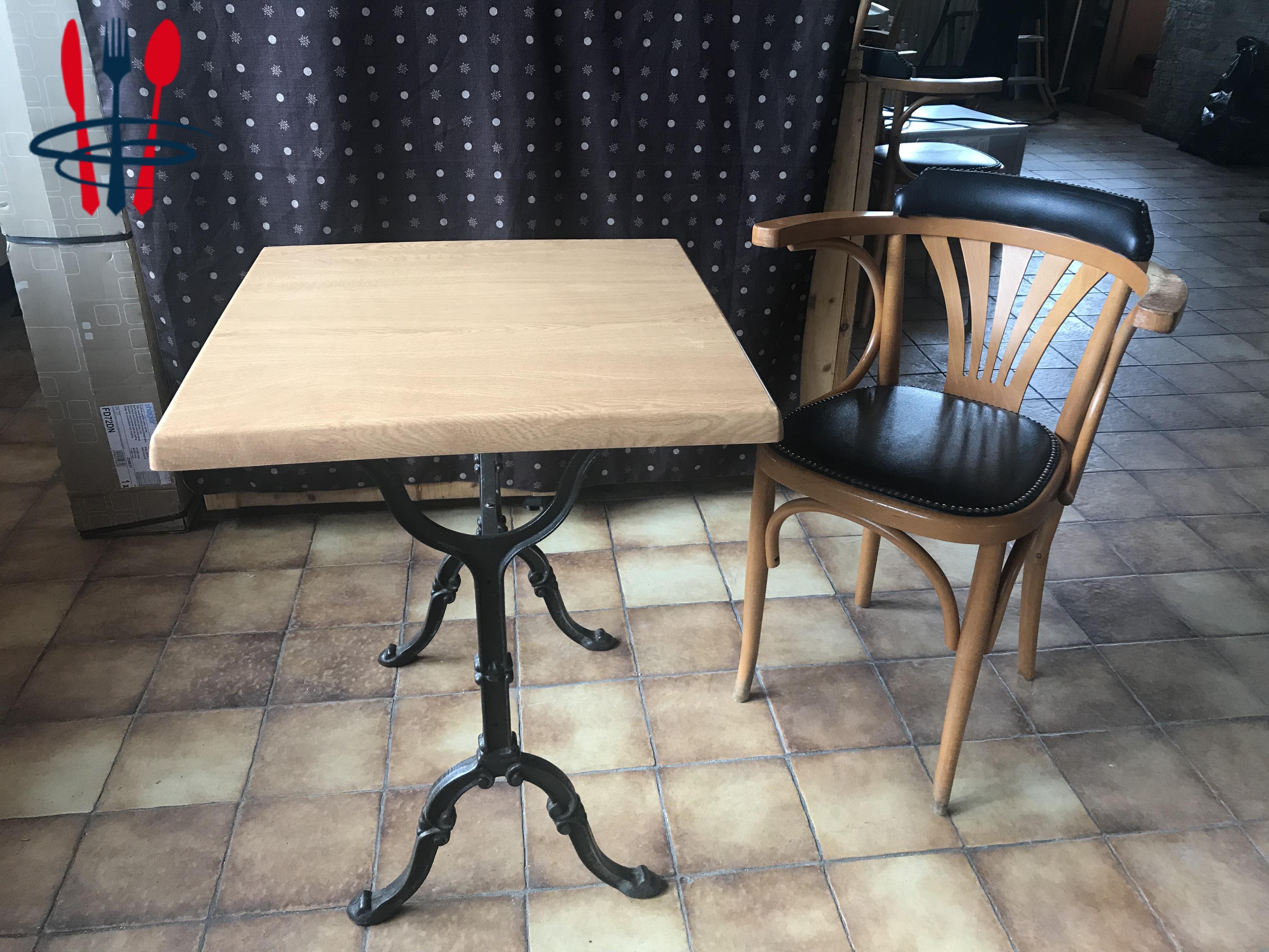 Vends lot de tables et chaises bistrot