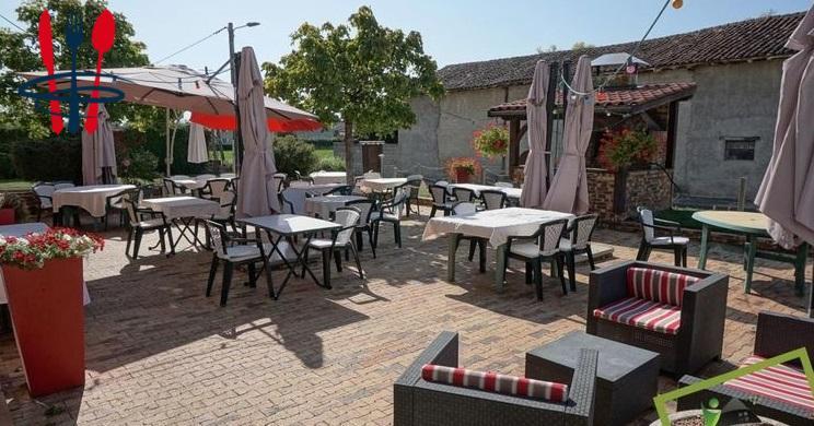 Local hôtel, restaurant 422 m²