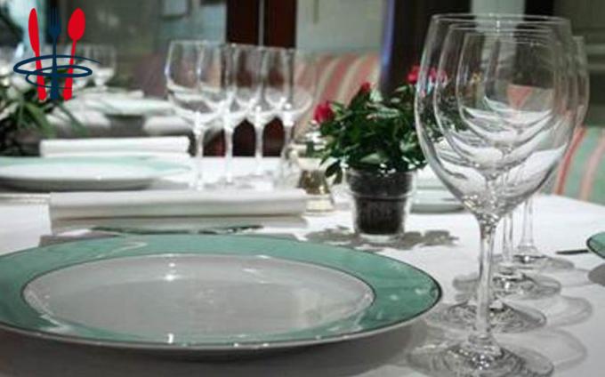 Local hôtel, restaurant 70 m²