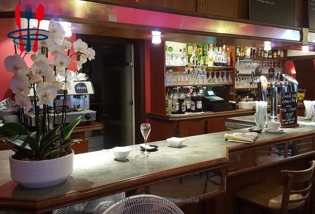 Commerce bar, brasserie 95 m²